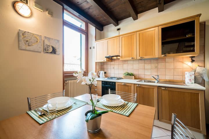 Bright Apartments Desenzano - Monte Grappa 11