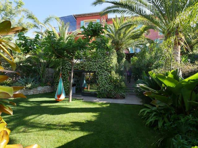 Grand appartement familial et jardin luxuriant !!! - Villefranche-sur-Mer - Leilighet