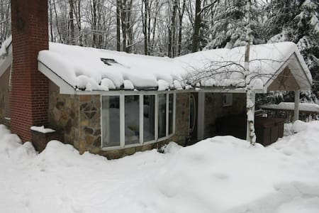 Seven Springs Area With Hot Tub 3Br