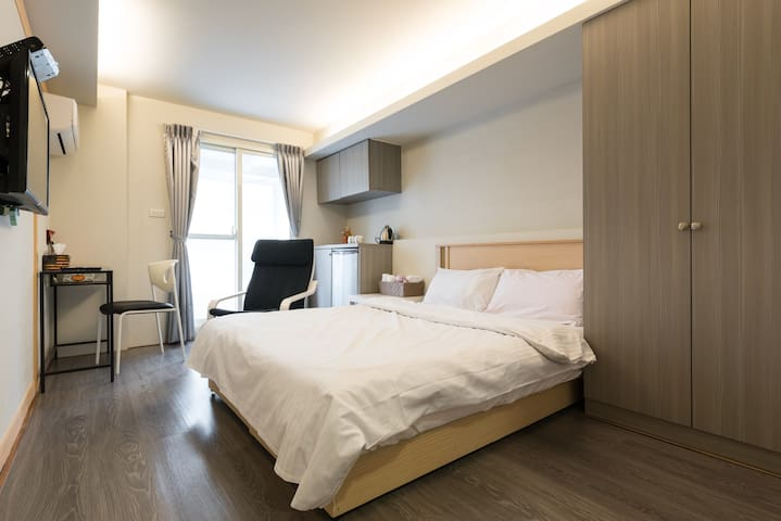 10%OFF TAIPEI HOUSE 文艺街46 B(近中山捷运站)  - Zhongshan District - Casa