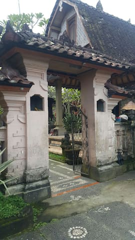 Feel the traditional home in bali
