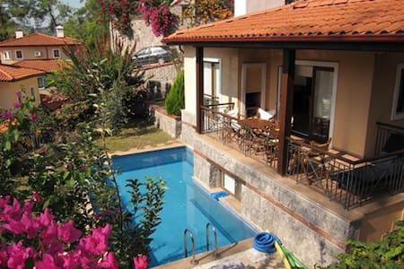 Villa Redpine 2 peaceful location,  private pool