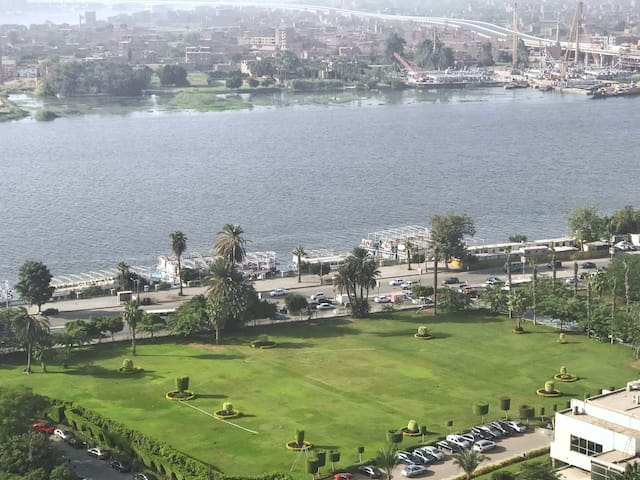 2 min walking to the Nile and you can take a Small Nile Cruise