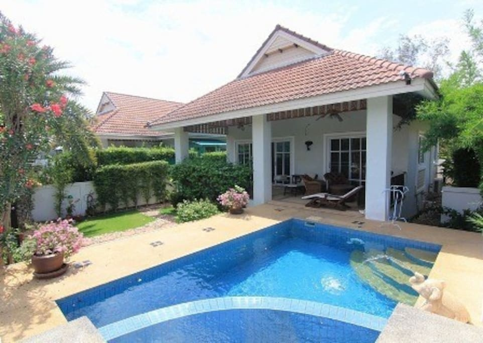 2 bedroom villa with pool in resort houses for rent in hua hin prachuap khiri khan thailand for Houses to rent with swimming pool uk