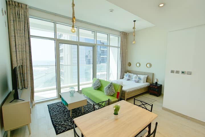 Stunning Apartment | Marina View | Self Check-in
