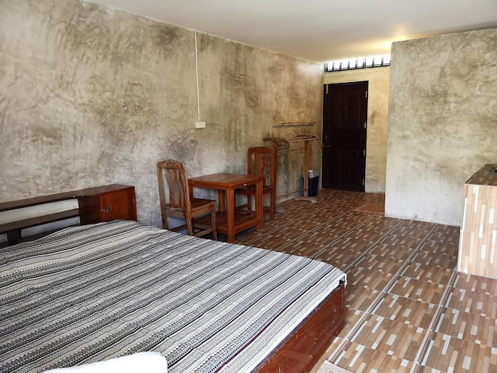 Maa Room (Horse)