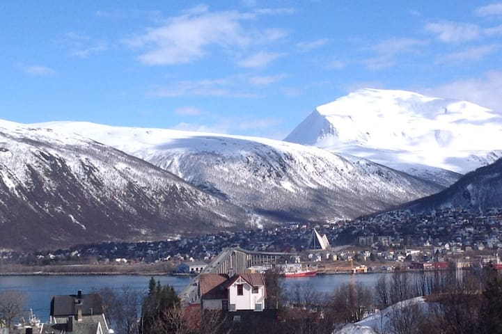 The View, perfect location for your stay in Tromsø - Tromsø - Wohnung