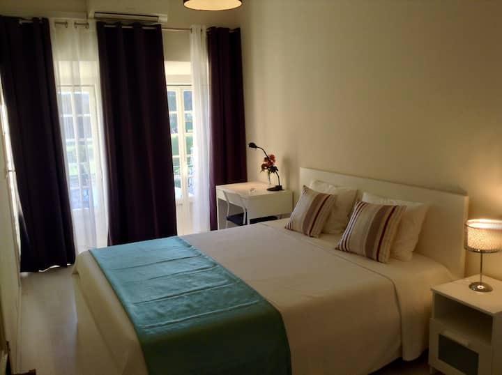 Lisbon Belém Garden View Apartment