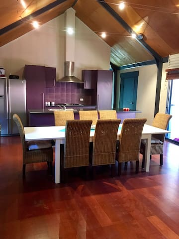 Spacious and functional living/kitchen area.