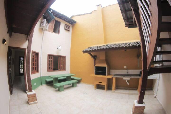 Casa em Condomínio na Praia de Paúba-São Sebastião