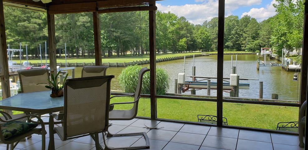 Spacious Waterfront Home near Ocean City, MD