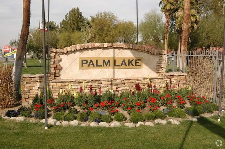 Stagecoach Special - Palm Desert - Apartment