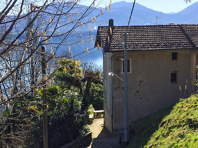 Rustico house with stunning view at Lake Maggiore - Gonte - Ev