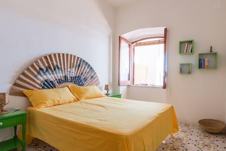 panoramic apartment Forio Ischia - Forio - Departamento