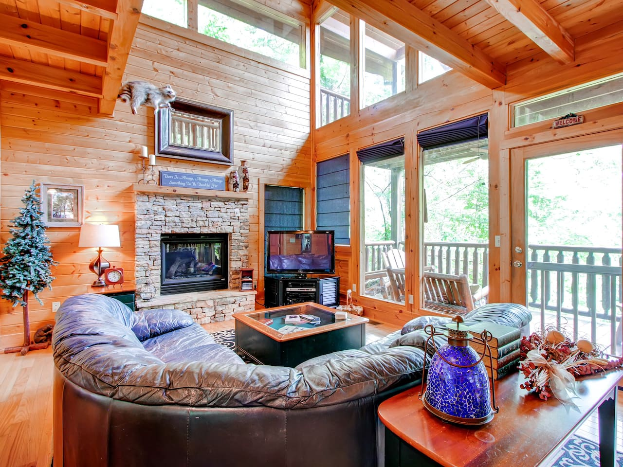 Welcome to this Wears Valley vacation rental house!