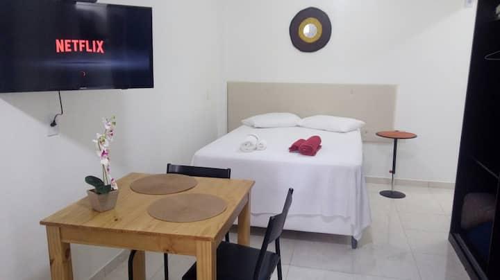 lindo apto sala/quarto chvs no check-in/prox UFES