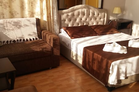 Welcome to the city of love  s1 - Foça - Bed & Breakfast