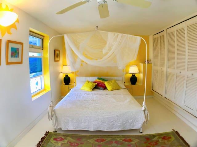 REDONDA Smart Room -Dolcevita Resort by KlabHouse