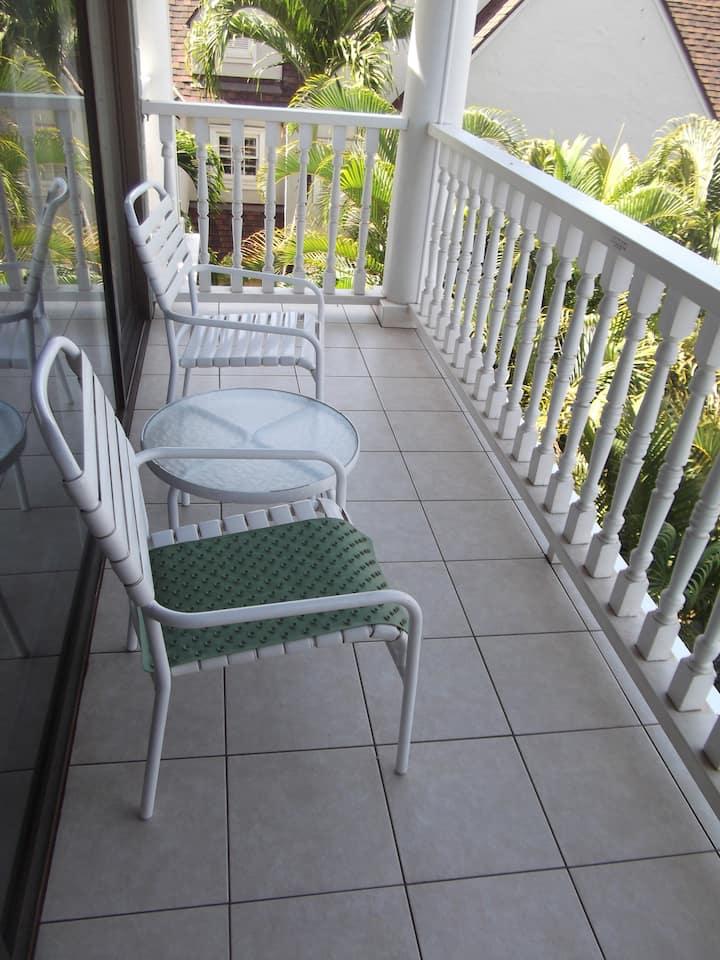 Lahaina Shores Resort, unit 334