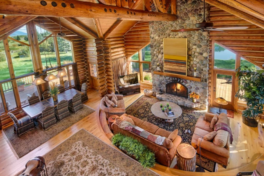 Vaulted ceilings with large windows