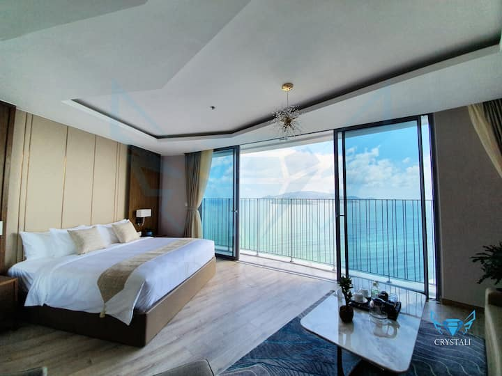 VIP - Crystali Excutive Ocean View Room & Bathtub