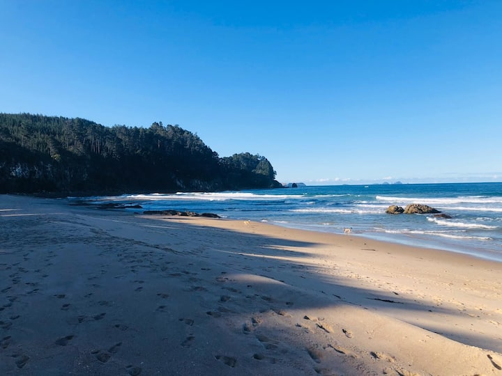 Ohana 'family' Beach Escape, Onemana - Coromandel