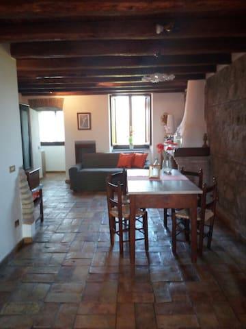 Accogliente e panoramica casa in cascina del '300 - Rzym - Apartament