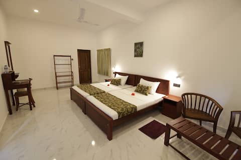 Private room at Mailagama Cinnamon Residence