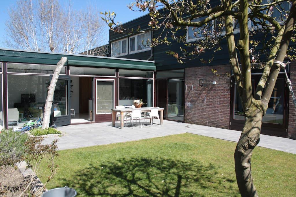 Family House with Garden - Huizen te Huur in Woerden ...