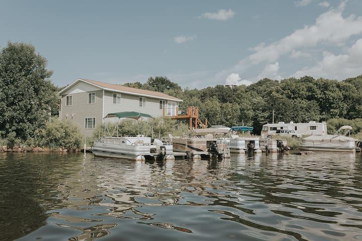 Vacation Rental On Ann Lake Near Mille Lacs Lake.