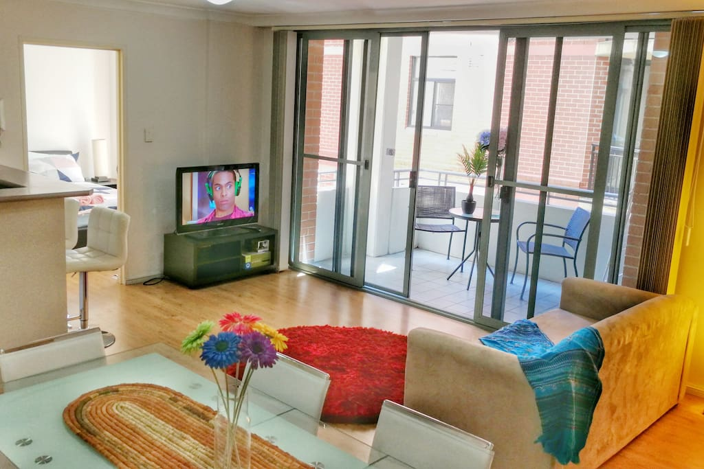 2br Apt At Darling Harbour Icc Cbd Free Parking Apartments For Rent In Pyrmont New South