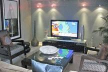 open concept living/entertainment area