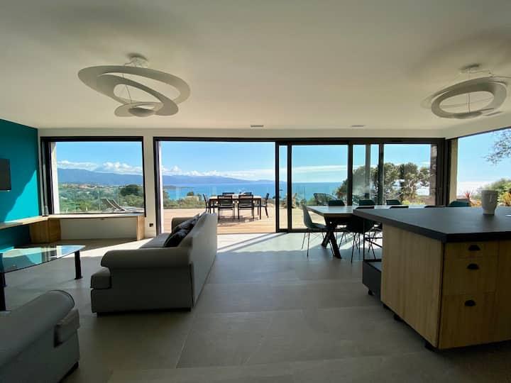 Villa haut de gamme avec splendide vue mer