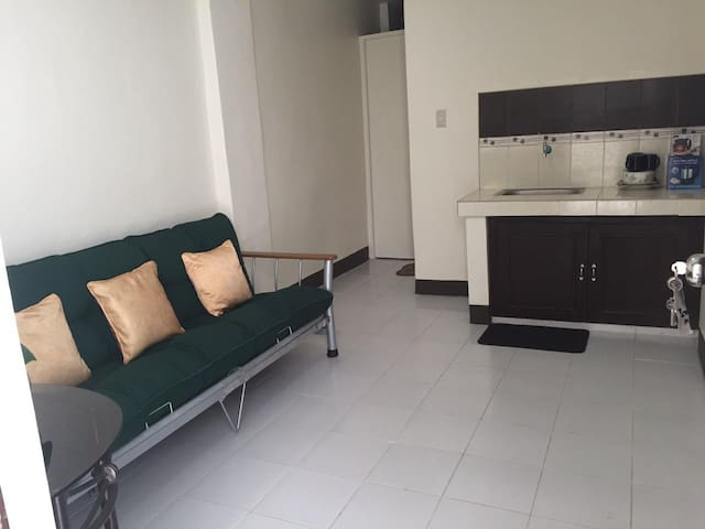 New Apartment, Safe, Clean and Center of the City - Manila - Lägenhet