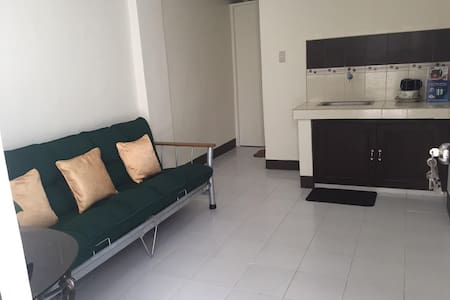 New Apartment, Safe, Clean and Center of the City - Manila