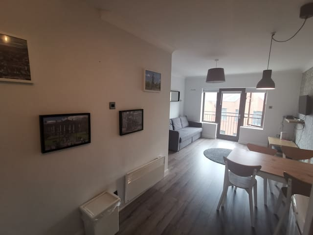 ★CITY CENTRE LIFFEY LOCATION★ 73