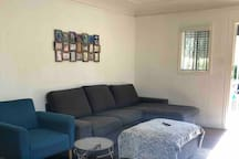 HEART of HOLLYWOOD- Large 1 bedroom Apartment