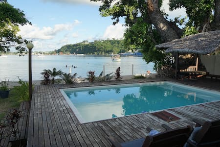 Paradise Point Beach House, Port Vila, Vanuatu - House