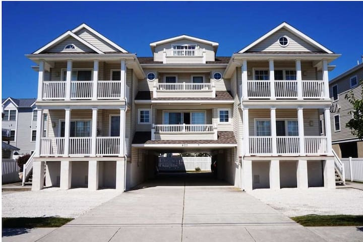 Newly Listed!! Steps from the Beach & Boardwalk