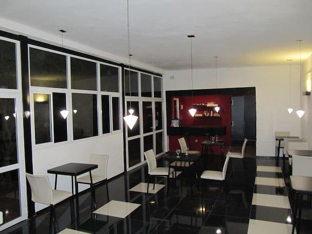 Alondra suites (anexo Altos del Algarrobo) - Córdoba - Bed & Breakfast