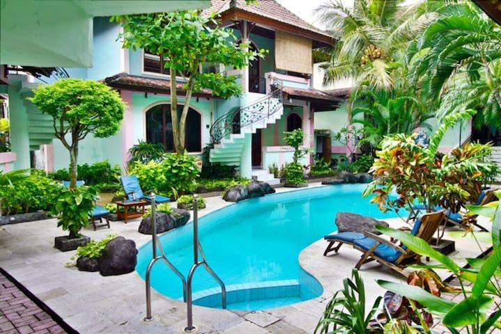 Villa Puri Royan Jimbaran Bungalow