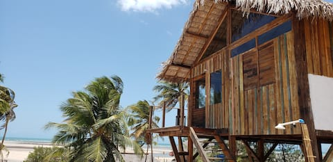 Beauty Eco-Wood Bungalow front beach w/best view