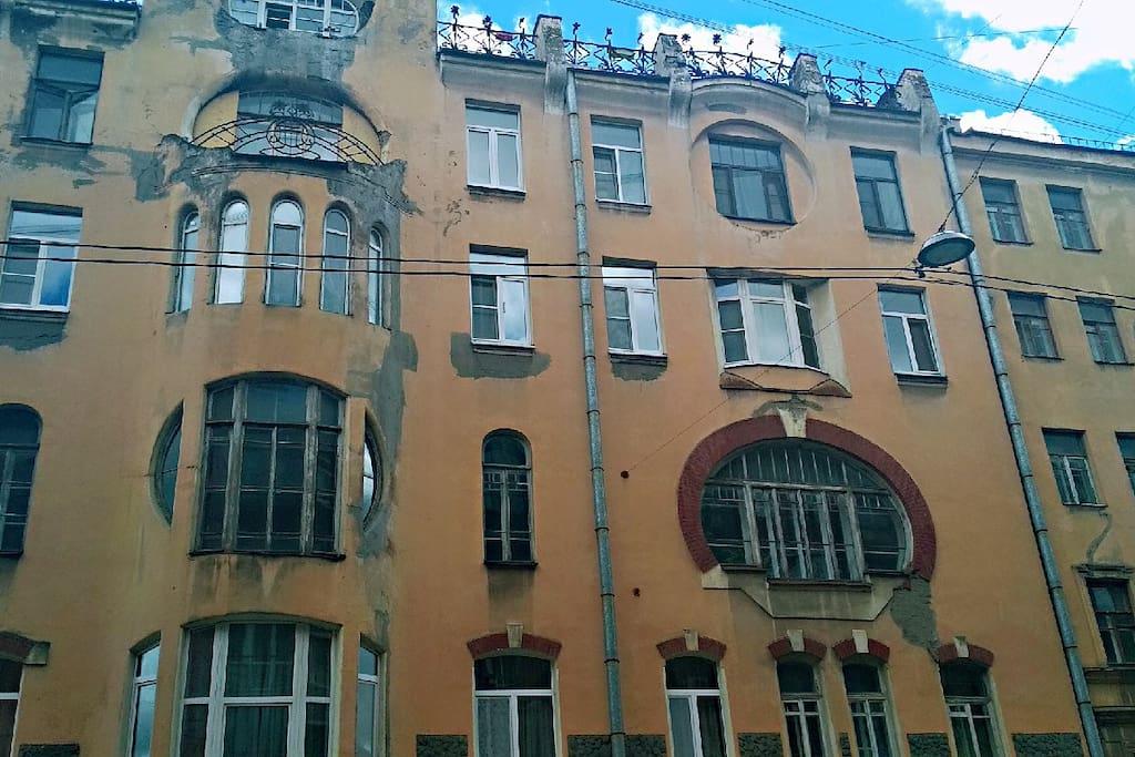 Доходный дом Лумберга,  памятник архитектуры, ожидает реставрации