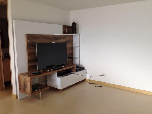 Apartamento Totalmente Amoblado En Sabaneta - Sabaneta - Lägenhet