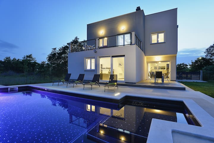 Beautiful detached modern house