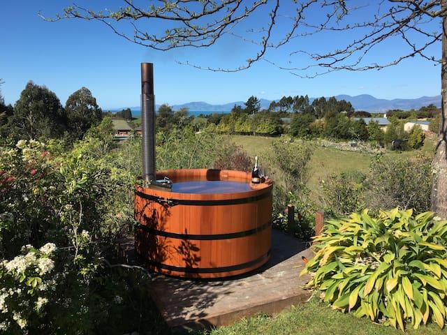 Tumbleweed Kiwi Bach