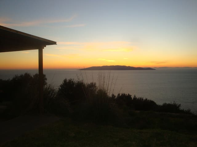 Holiday house with spectacular view - Porto Santo Stefano - วิลล่า