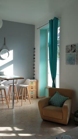 Doullens: maison avec vue