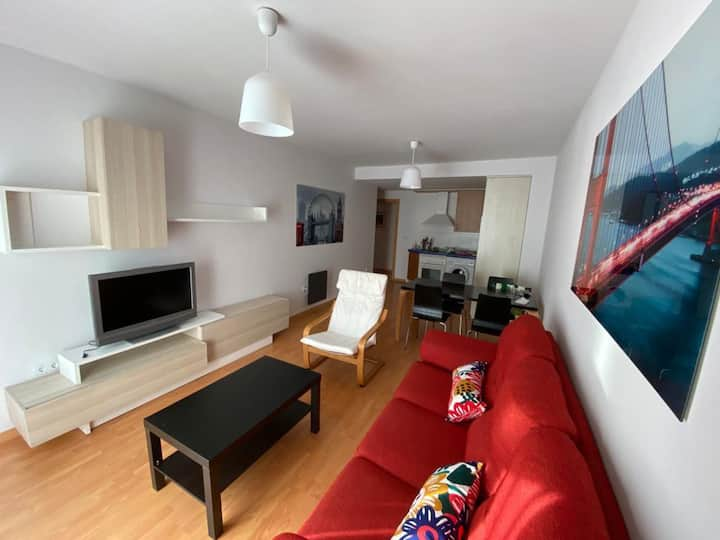 Luminoso apartamento en Broto