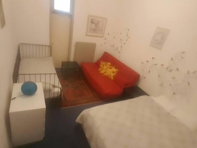 (6) Grande chambre a proche de tout - Molenbeek-Saint-Jean - Huis